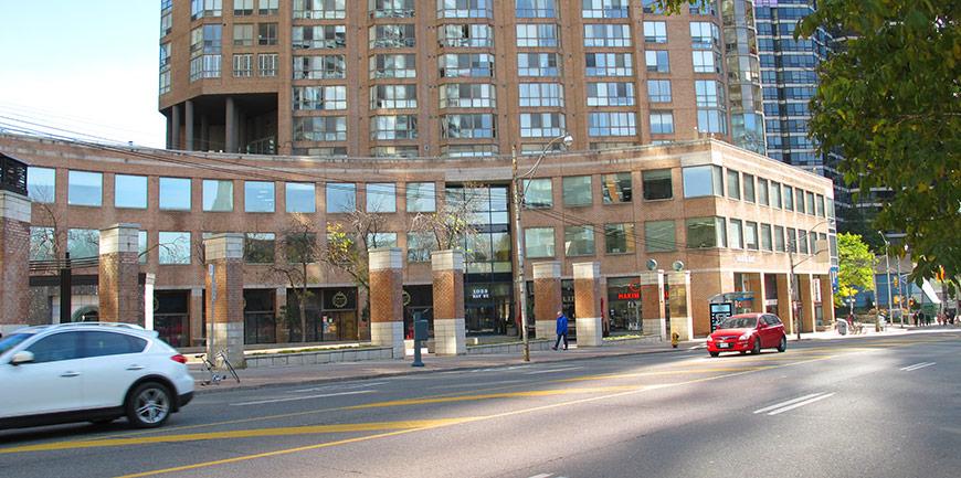 Steven McKeown RMT location:1033 Bay Street, Toronto